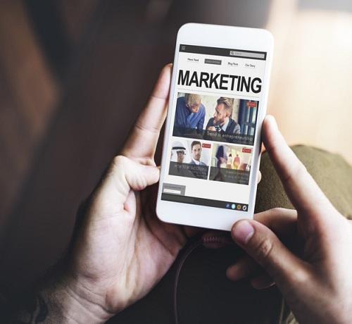 Digital Marketing Commercial Social Media Internet Concept - digimanic